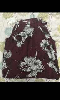 🚚 棗紅花朵削肩上衣