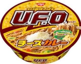 日清UFO 三重芝士咖喱撈麵