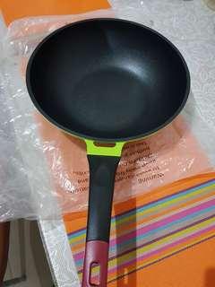 teflon wok pan 30 cm