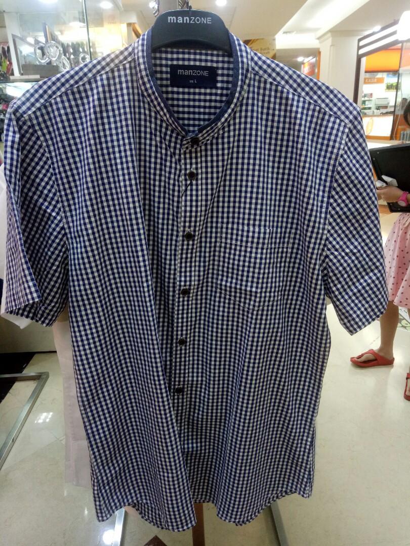 Baju Kemeja Merk Manzone Mens Fashion Clothes Tops On Erigo Tshirt Forst Navy Unisex M Carousell