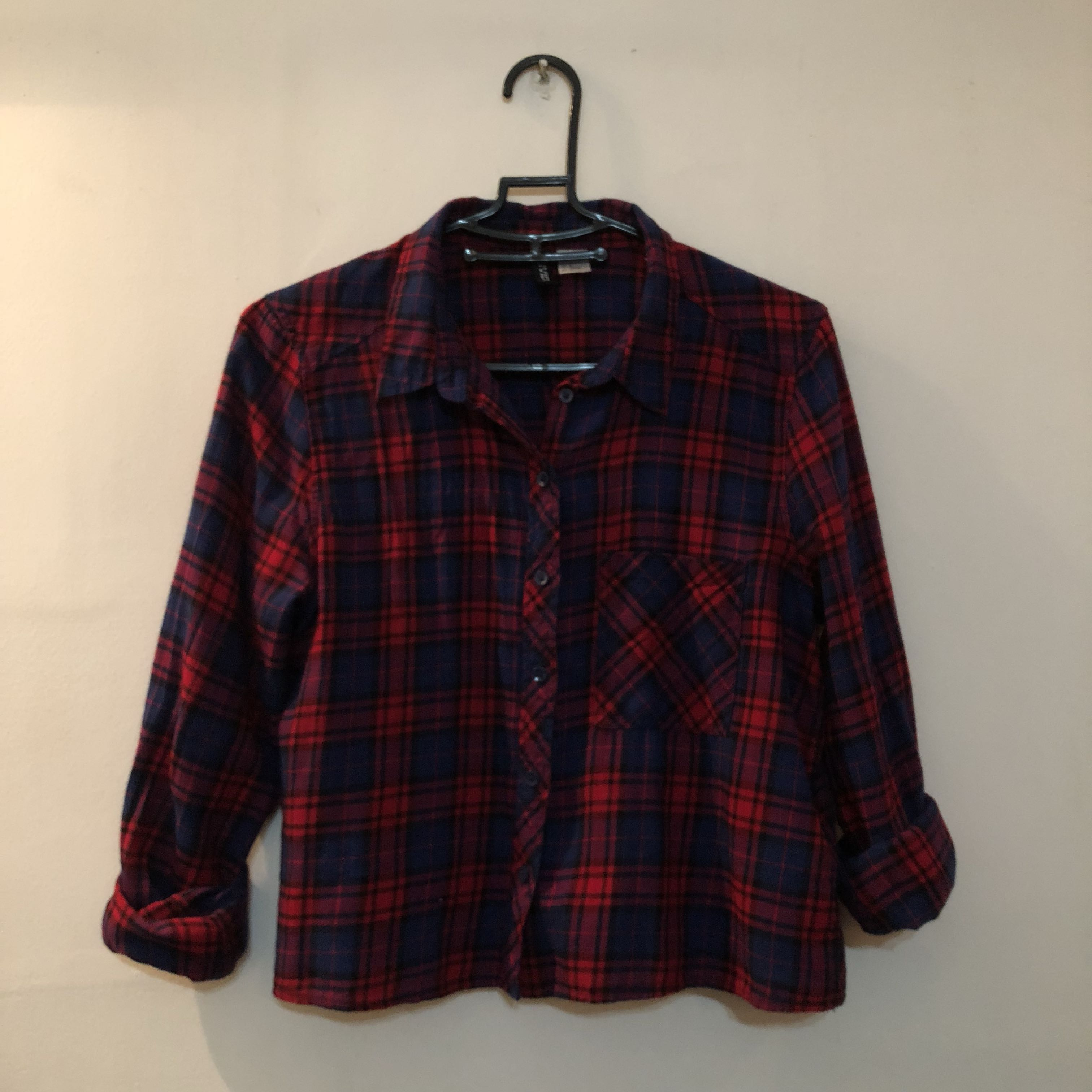 2e00e6cc H&M checkered flannel crop top, Women's Fashion, Clothes, Tops on ...
