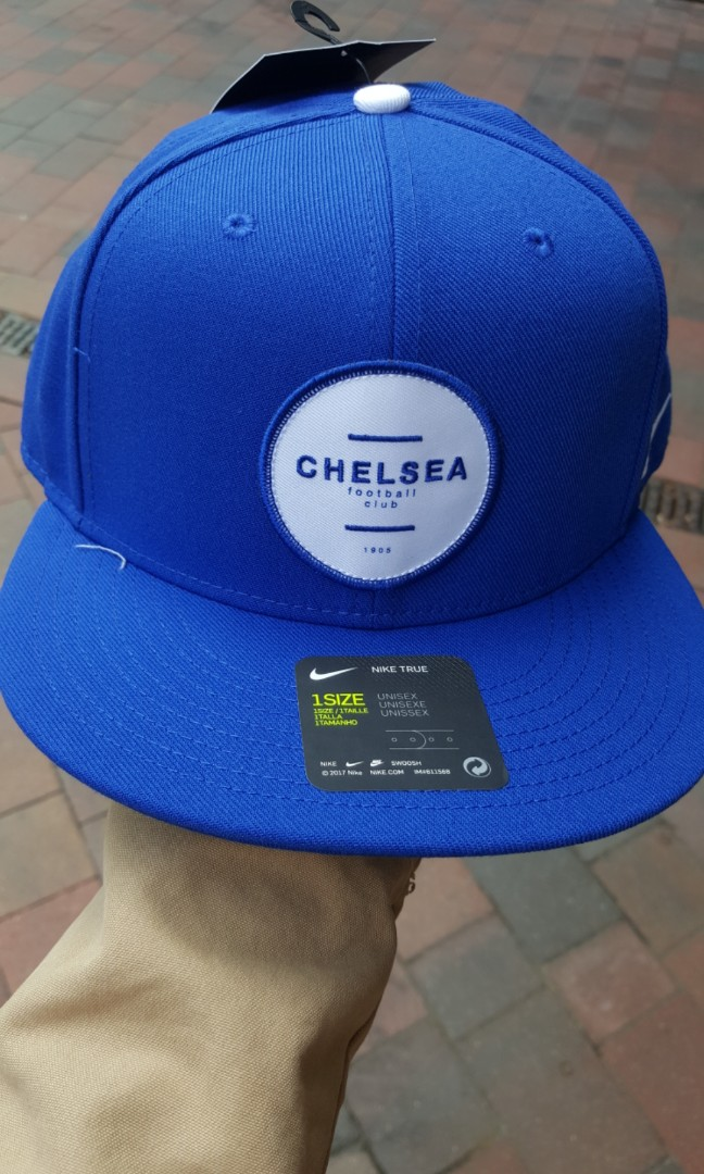 e980233225a3a Authentic Nike Chelsea foodball club
