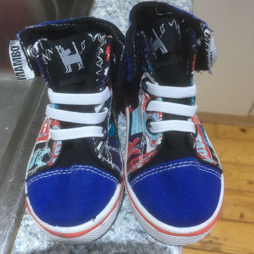 Size 4 toddler shoes