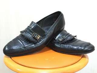 [SECOND] ORIGINAL Sepatu Pantofel merek BRUNO MAGLI Italia Size 38