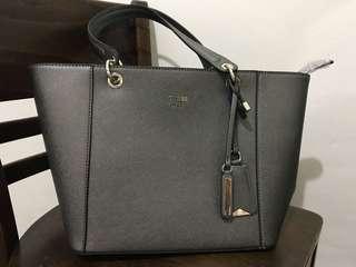 Kamryn Guess bag and wallet set
