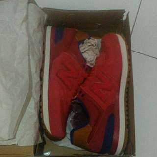 NB Red 574