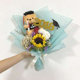 Graduation Flower Bouquet in Sunflowers and Mix Flowers with 2018 Topper / Add on Graduation Bear