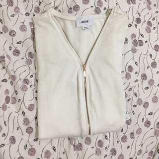 Nwt zip up top