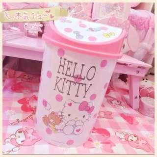 日本🇯🇵Hello Kitty家用客厅卫生间塑料翻盖垃圾桶