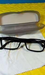 Frame kacamata gucci auth