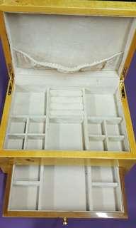 高級樟木飾盒