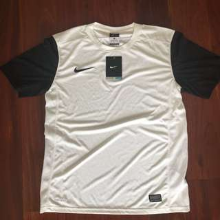 Nike training jersey men's small