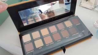 Brand new soft glam palette