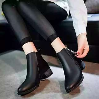 Oxford Leather Boots