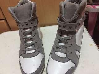 HUMAN sneaker wedge