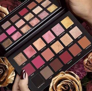 Huda Beauty Remastered Rose Gold Palette