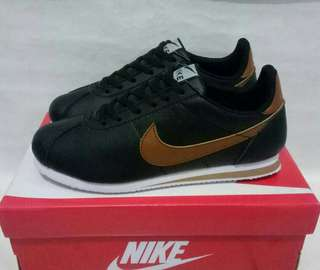 Nike cortes for man good Quality