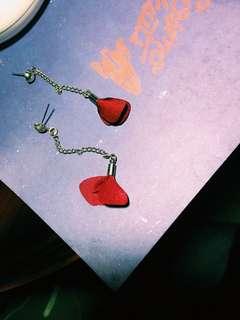 Anting/ earrings maroon