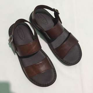 Outland Brown Leather Sandals
