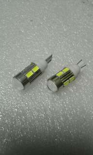 Ultra Mega Bright T10 Car LEDs. 10LEDs SMD Type 5730 with Magnifier Lens in Metal Encase. Extreme fly Bright. Small yet Powerful Light!. Sold in Pairs.