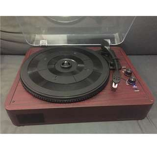 Turntable with bluetooth and speaker