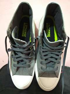 Converse size 44 ori like new