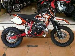 Sepeda motor trail 110cc