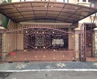Rumah clasik bintaro super luas