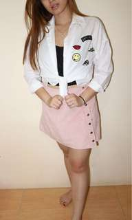 kemeja putih with patch and rok mini