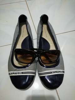 Authentic-- all in one tommy hilfiger shoes and sunglass