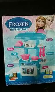 FROZEN MINI KITCHEN