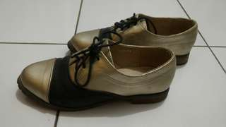 Sepatu #mau supreme