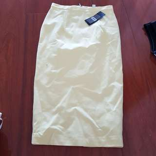 Forever new pale lemon yellow skirt size 6