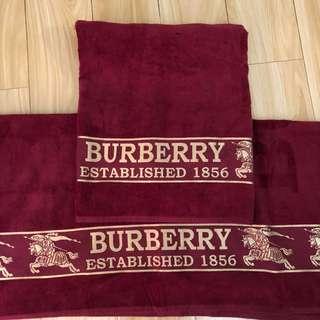 Burberry bath towels 100% cotton new
