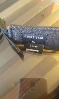 夏威夷買的QUIKSILVER遮陽帽