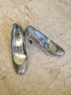 Silver shoes with sequins