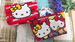 🚚 三麗鷗HELLO KITTY凱蒂貓雙胞胎十字紋零錢包 拉鍊包 收納包 置物包