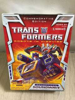 Transformers TF Reissue TRU Exclusive Soundwave Brand New
