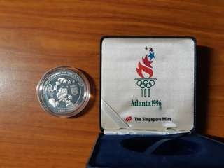 Vintage 1996 US Atlanta Olympic Games Silver Medallion by Singapore Mint.