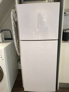 Haier Fridge/freezer *only 1 year old*
