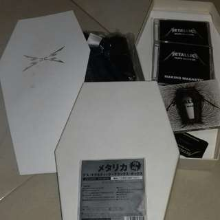 Metallica Death Magnetic Japan Coffin Edition First Pressing used 2CD + DVD, T shirt, Poster  Guitar Pick rare