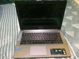 Laptop Asus X450C. Butuh uang segera!