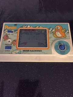 VINTAGE AND RARE! Hard to find Pengo Handheld Game