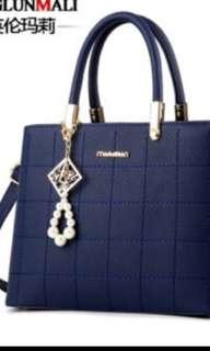 Classic  ladies hand bag