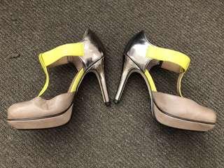 Sportsgirl size 6 heels