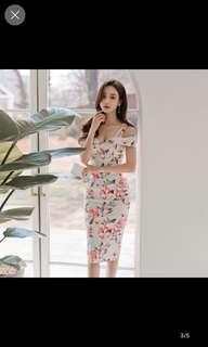 Floral shoulder bare strap dress