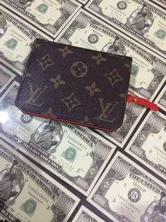 LV wallet. Louis Vuitton. 100% Super Mirror. Great condition.