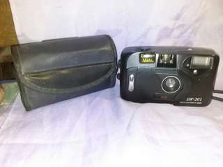 "Vintage camera ""cannon mate"" with  case"