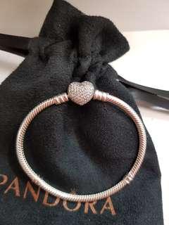New Pandora Moments Silver Bracelet - size 17