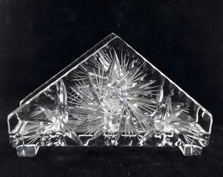 Tempat tisu kristal